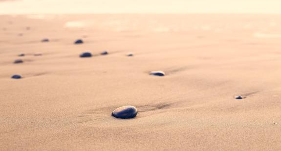 pebbles-801952_1920